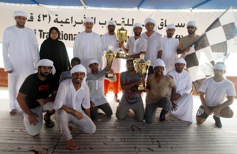 قوارب زايد بن حمدان تتصدر المشهد في سباق دبي 43 قدما