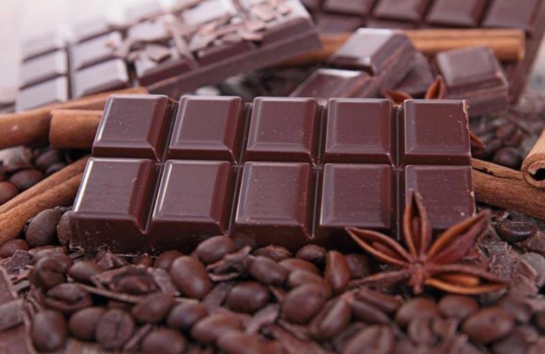 الفاصوليا والشيكولاتة السوداء.. أغذية تساعد على التركيز والوصول للهدف
