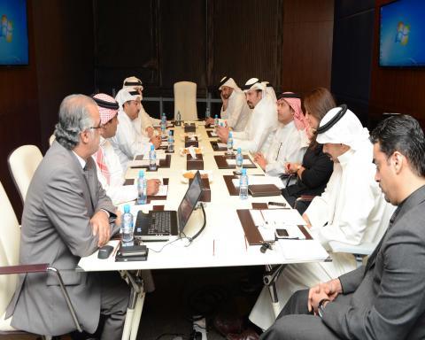 في إطار متابعاتها للاتحادات الرياضية ... اللجنة الأولمبية تطلع على الخطة المستقبلية لألعاب القوى البحرينية