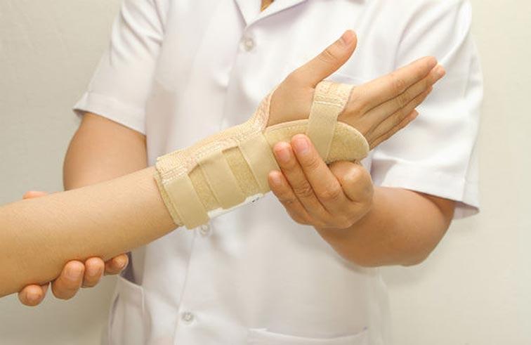 علاج الجراح بواسطة جلد طبيعي