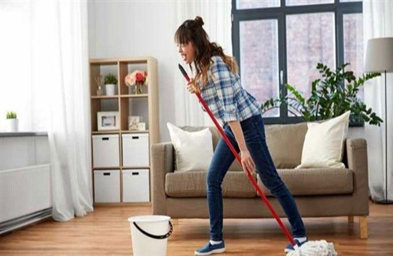 تنظيف المنزل يحرق سعرات بقدر التمارين