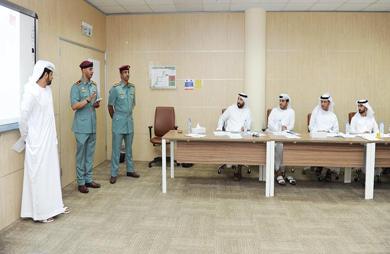 افتتاح دورات القيادات الأولى والوسطى بشرطة  أبوظبي