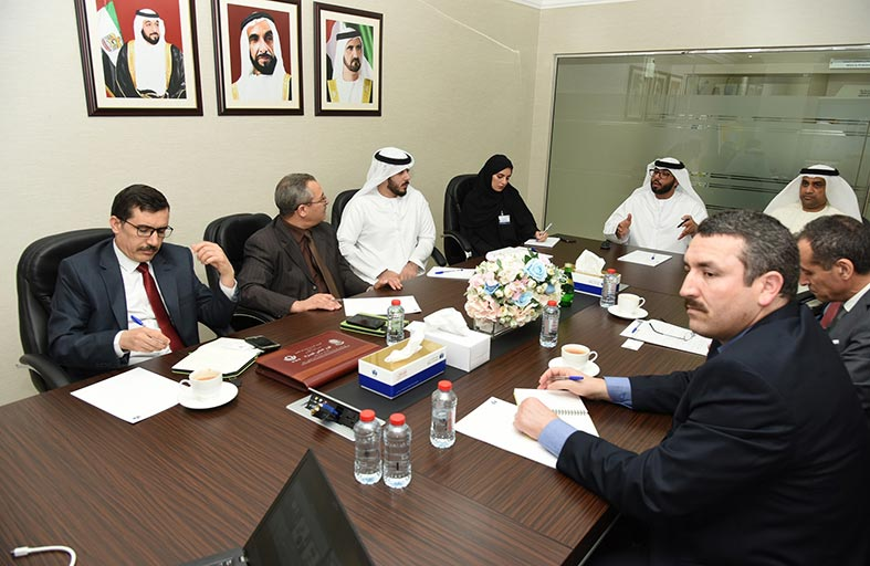 وفد جزائري يزور جمارك دبي لتعزيز التعاون وتبادل الخبرات