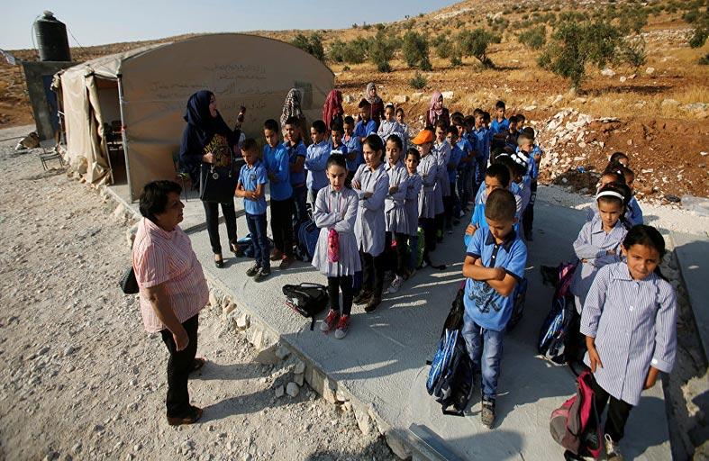 إسرائيل تصادر أيضاً حق الفلسطينيين في التعليم