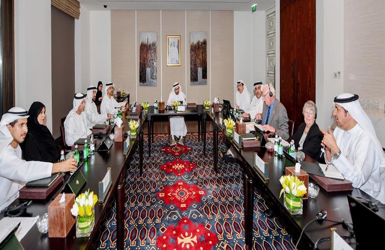 مجلس جامعة الإمارات يعقد اجتماعه الأول للعام الأكاديمي 2017-2018