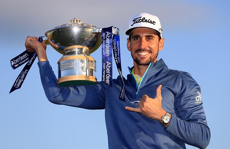 """الإسباني رافا يتقدم للمركز الرابع في """"السباق إلى دبي"""" ويفوز بلقب بطولة اسكتلندا للجولف"""