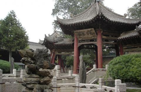 أفضل خمس مواقع سياحية صينية تستحق الزيارة