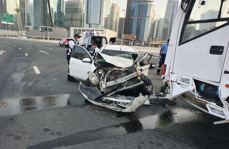 وفاة شخص وإصابة 5 آخرين في حوادث مرورية متفرقة خلال عطلة نهاية الأسبوع