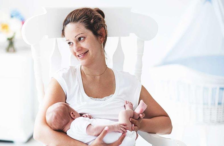 الرضاعة الطبيعية.. تجربة مهمة في حياة كل أم