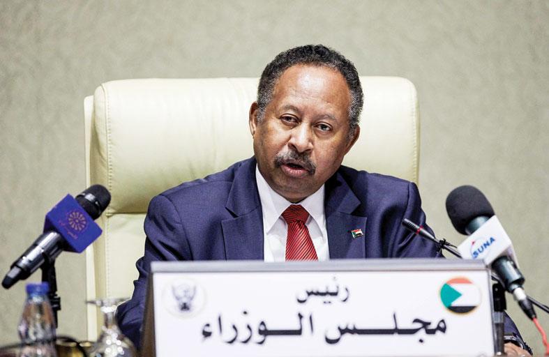 السودان يحبط محاولة انقلابية ويعتقل 40 ضابطاً