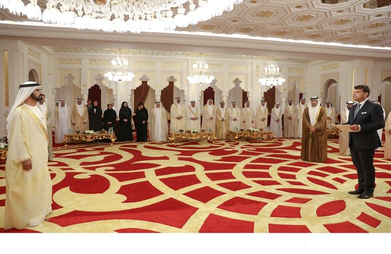 محمد بن راشد يتسلم أوراق اعتماد عدد من السفراء الجدد