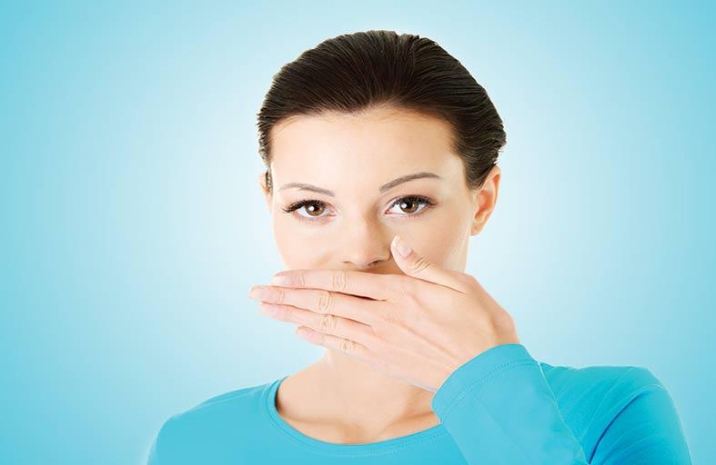 نصائح هامة للتخلص من رائحة الفم الكريهة