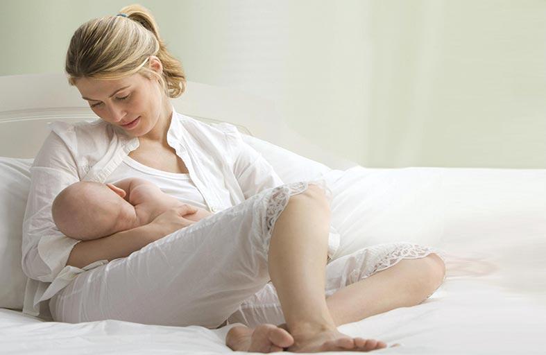 دراسة تربط بين الرضاعة الطبيعية وانخفاض معدلات الكوليسترول