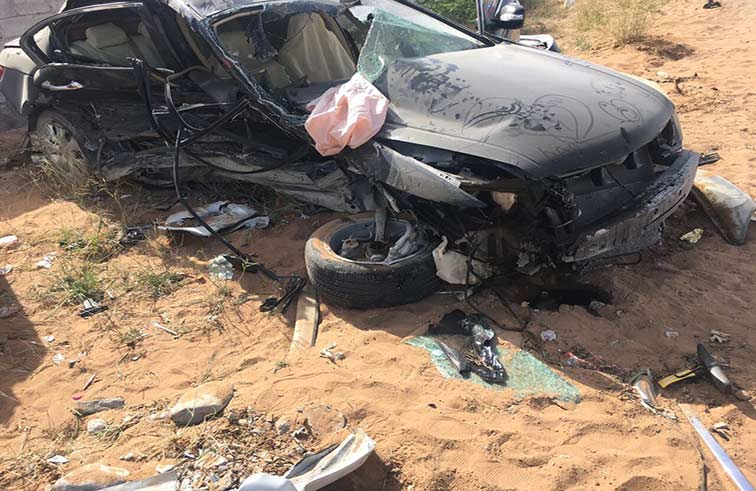 وفاة طفلة وإصابة شقيقتها في تصادم 3 سيارات برأس الخيمة