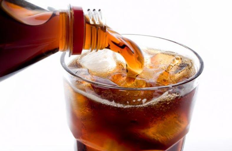 المشروب الغازي يقلل  من حرق الدهون 8 %