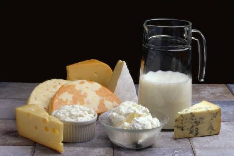 منتجات الحليب القليلة الدسم تقلل احتمال الإصابة بالذبحة القلبية