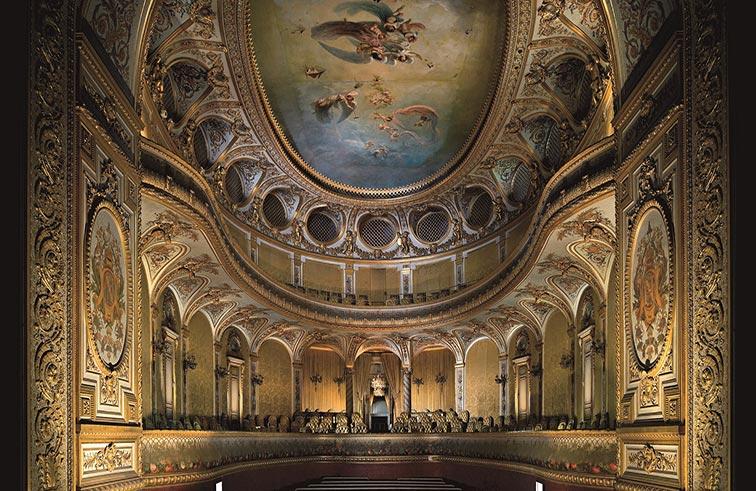 أعمال ترميم مسرح الشيخ خليفة بن زايد آل نهيان  في قصر فونتينبلو في باريس تدخل مراحلها الأخيرة