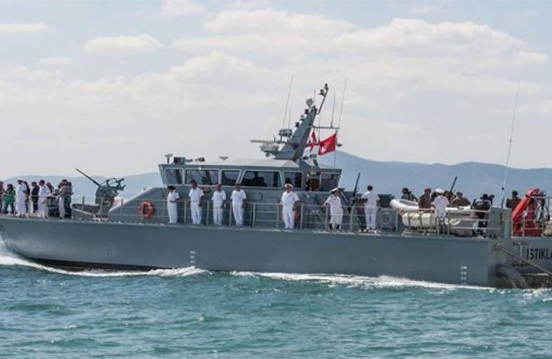 تونس: انتشال 8 جثث في اصطدام مركب بوحدة بحريّة