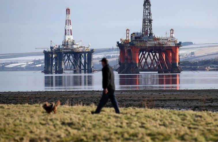 أسعار النفط ترتفع بسبب  توقف خط أنابيب ببحر الشمال