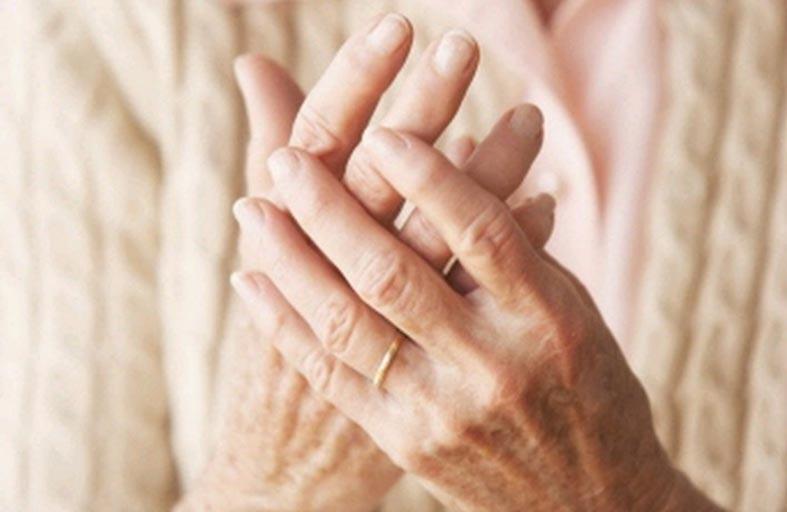 4أسباب تسبب التهاب المفاصل لدى كبار السن والأطفال