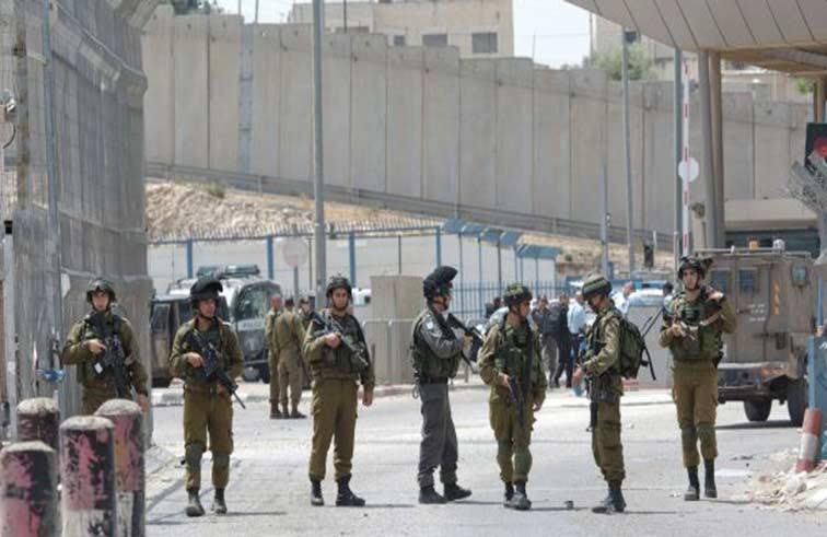 تل أبيب تستعد «لانتفاضة فلسطينية» بحشد آلاف الجنود