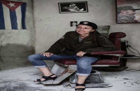 تانجا نايميجر الهولندية.. مقاتلة وسط العصابات الكولومبية