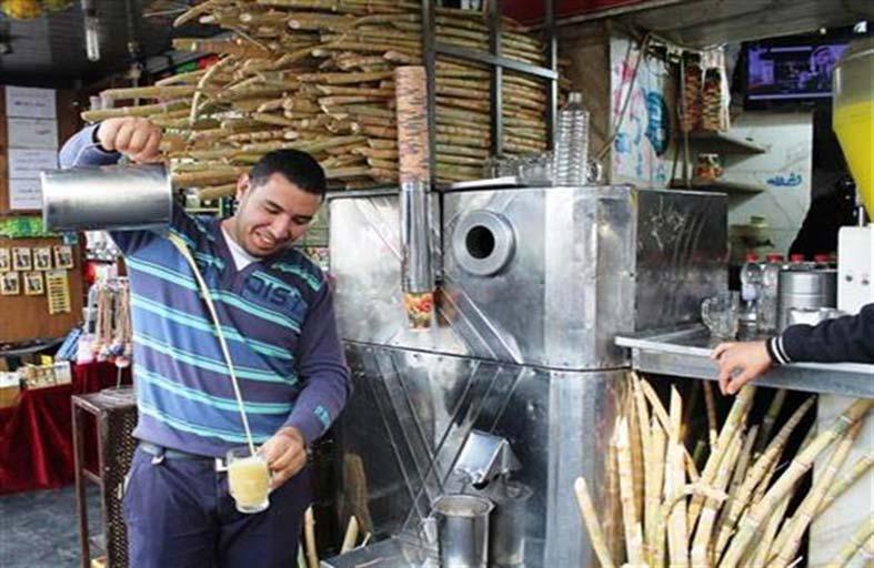 عصير القصب.. المشروب الأساسي فى مصر