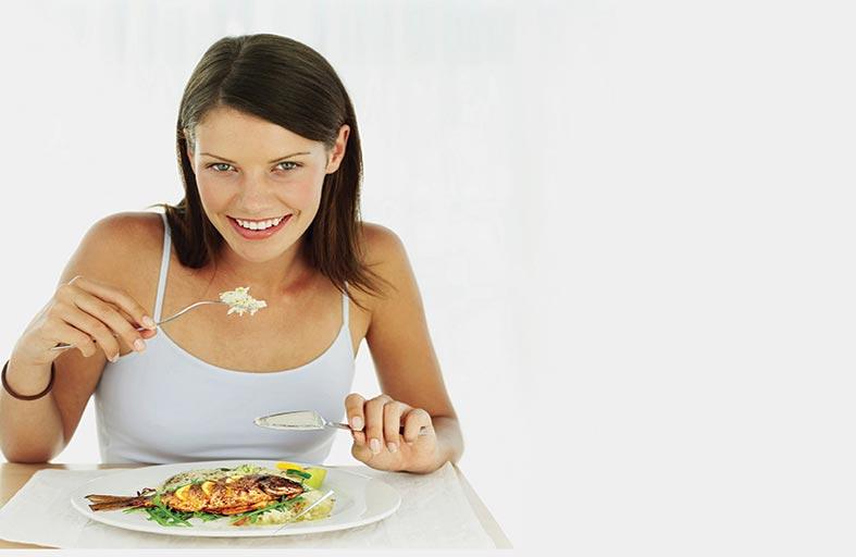 10 أطعمة مثالية لبناء عضلات قوية ومشدودة