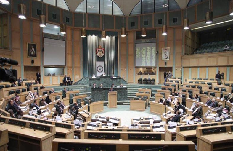 البرلمان الأردني يطالب بطرد السفير الإسرائيلي