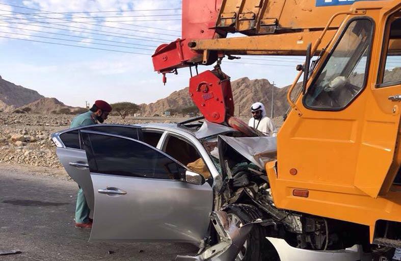 وفاة رجل وامرأة وإصابة أخر في حادث مروري برأس الخيمة