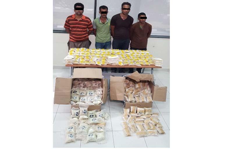 القبض على 4 آسيويين بحوزتهم ما يزيد عن 91 كغ من الحبوب المخدرة