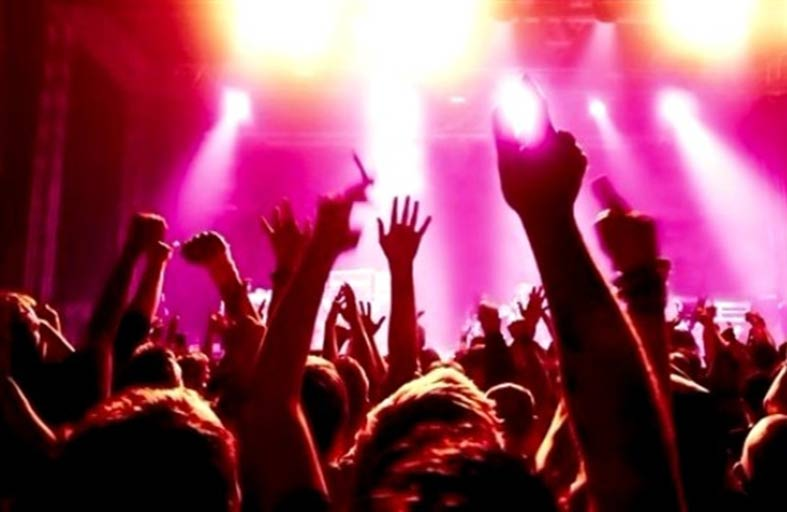 مهرجان موسيقي للنساء فقط