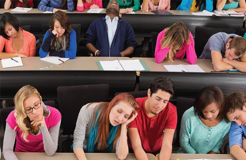 لماذا نشعر بالنعاس في المحاضرات؟
