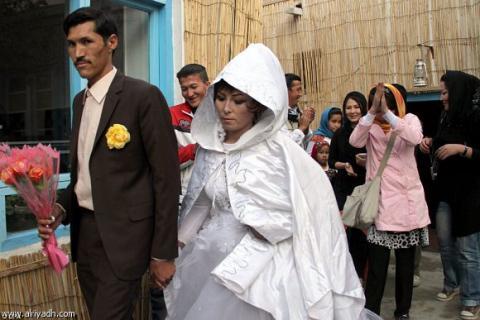 ينتقلان من سجن الإدمان إلى عش الزوجية