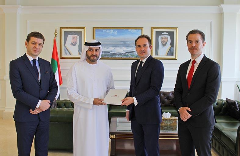 مطار الشارقة الدولي يوقع اتفاقيتين تجاريتين لتشغيل  مبنى جديد للطيران الخاص بتكلفة تتجاوز 110 ملايين درهم