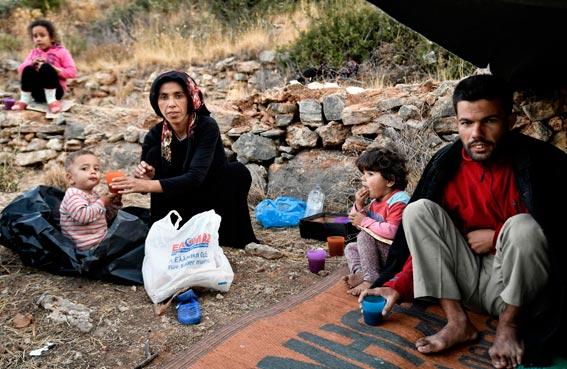 لاجئون سوريون يعودون طواعية من ألمانيا إلى بلادهم