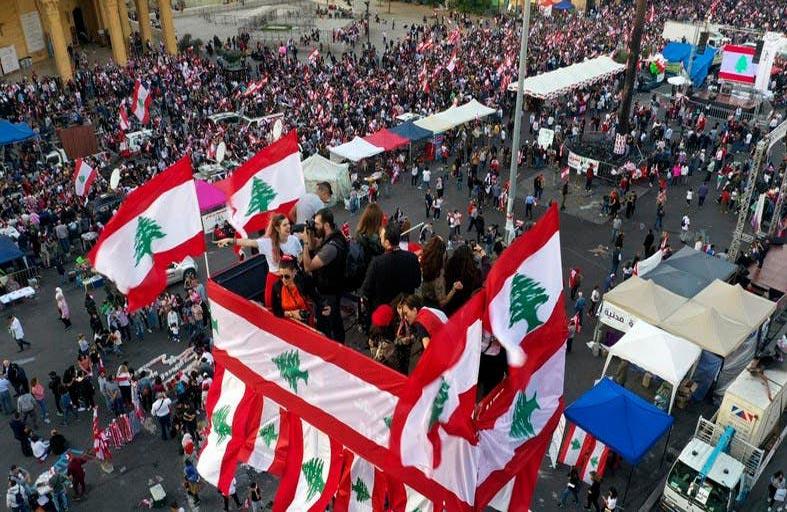 حزب الله ينكأ جراح لبنان ويجرفه نحو أزمة عميقة