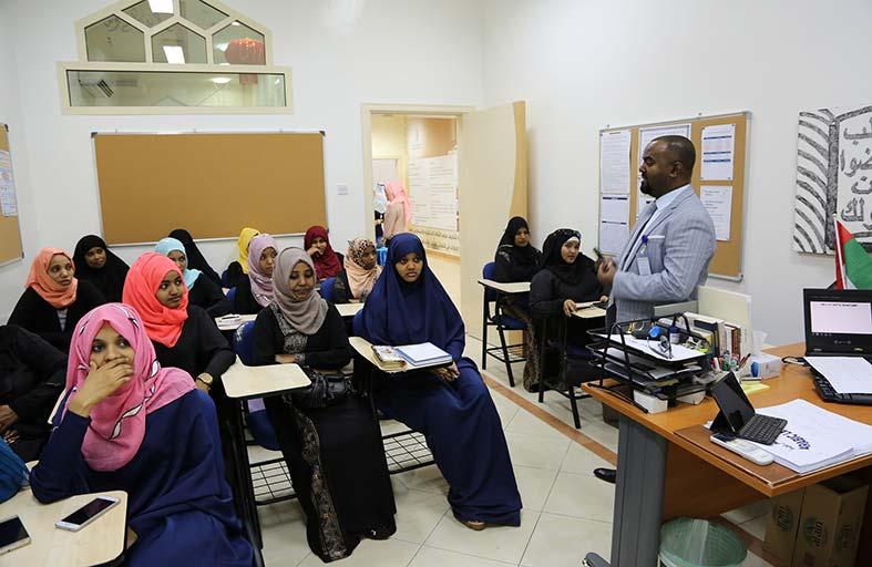 4916 مستفيداً من برنامج الثقافة الإسلامية بدار زايد للثقافة الإسلامية خلال 2017م