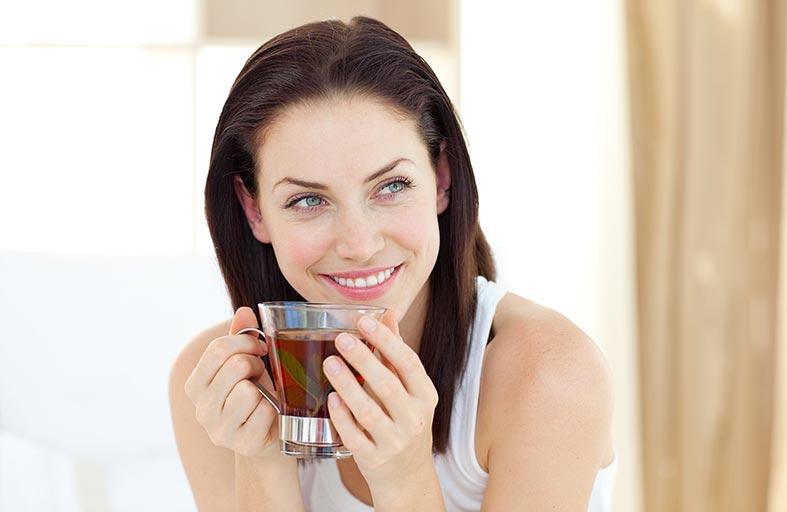الشاي بعد الافطار.. ضار لأنه يتداخل مع عملية الهضم!