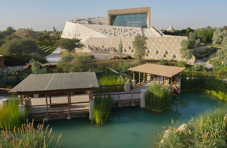 حديقة الحيوانات بالعين تحتفل بالذكرى الأولى لافتتاح مركز الشيخ زايد لعلوم الصحراء