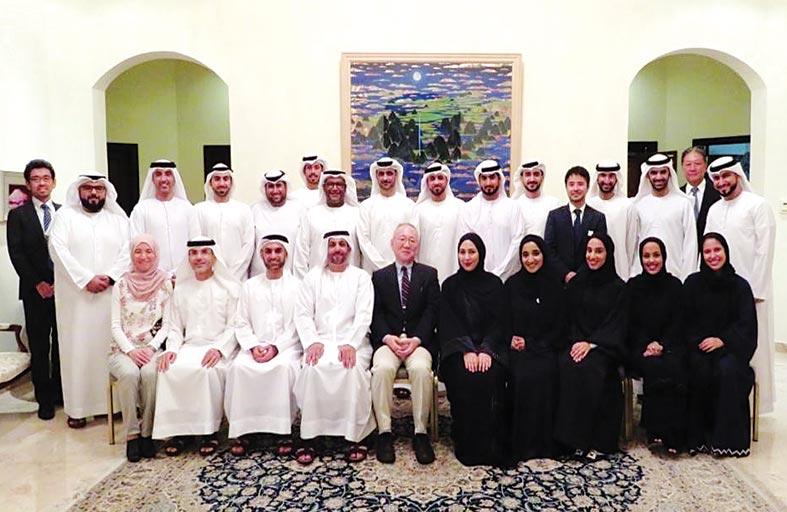 السفير الياباني يستقبل شباب الإمارات المشاركين في برنامج سفينة شباب العالم