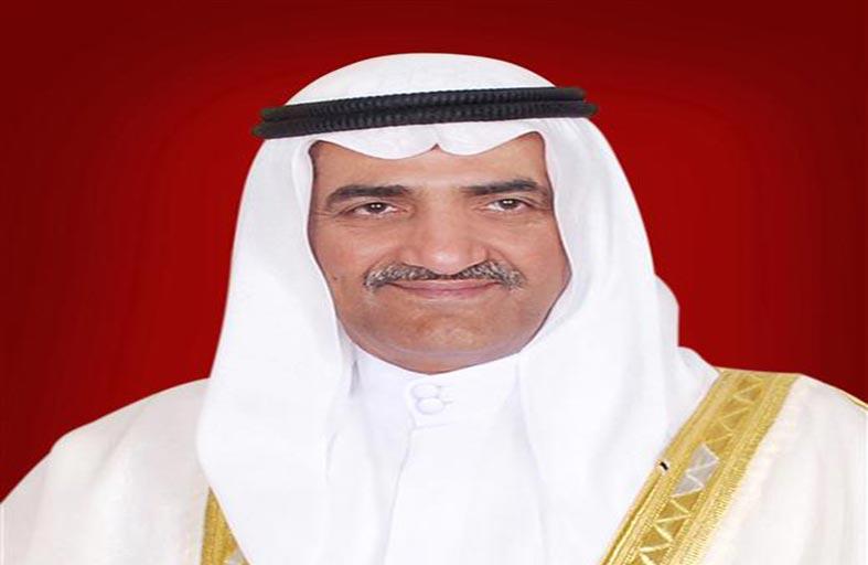 حاكم الفجيرة يؤدي صلاة عيد الفطر السعيد بجامع الشيخ زايد الكبير