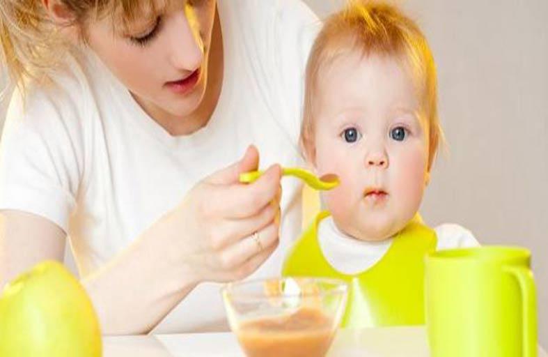 طفلك يرفض الطعام؟ إليك الحل