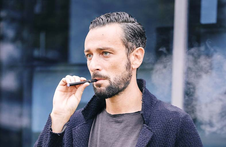 السجائر الإلكترونية تضرب جهاز المناعة في جسم الإنسان