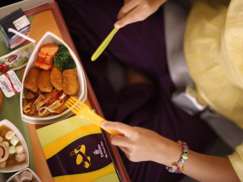 مجرد تذوق الطعام من دون بلعه قد يؤثر على السلوك