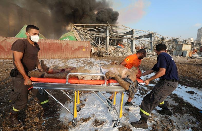 مسن لبناني عن انفجار بيروت: أشبه بإعدام جماعي