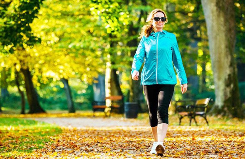 7 فوائد للمشي يمكن أن تحسن صحتك.. تعرف عليها