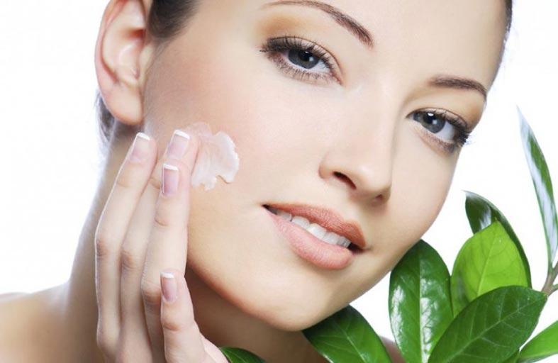 حلول كثيرة تحمي  بشرتك من الملوثات