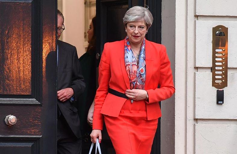 بريطانيا: تيريزا ماي وعودة «الحزب الشرير»...!