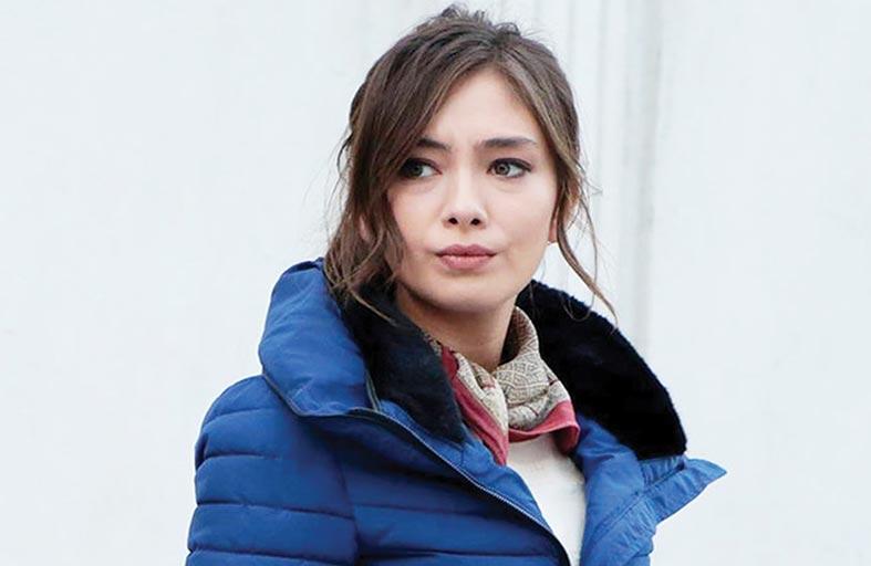 التركية نسليهان أتاغول  تعيش في شارع الحب!